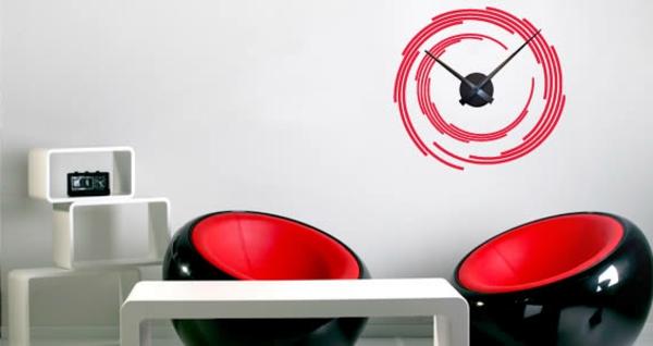 moderne-wanduhren-günstig-schönes-modell - rot mit schwarz kombinieren