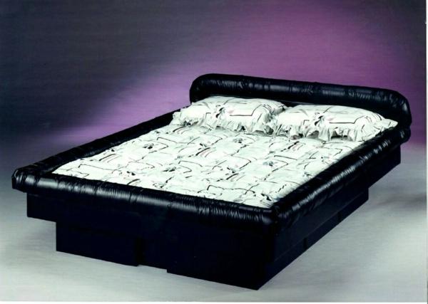 moderne-wasserbetten-lila-hintergrund - sehr schönes design