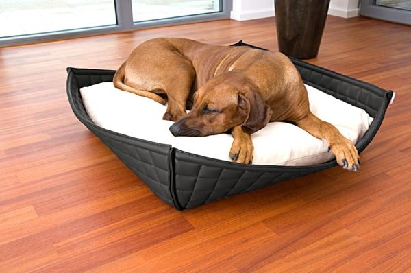 orthopädische-hundebetten-schwarz-und-weiß - große hunderasse