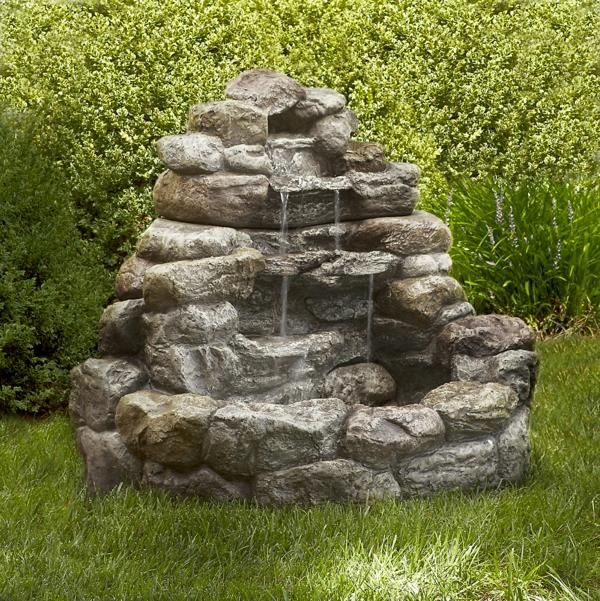 Entzuckend Praktischer Brunnen Mit Wasserfall Im Garten Wasserfall Im Garten U2013 25  Wunderschöne Ideen | Gartengestaltung ...