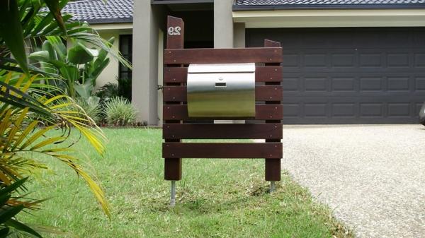 edelstahl briefkasten funktionalit t und moderne. Black Bedroom Furniture Sets. Home Design Ideas