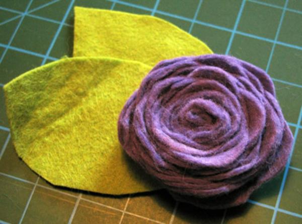 rosen-selber-basteln - blätter in gelb