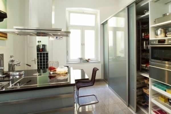 vorratsschrank k che selber bauen. Black Bedroom Furniture Sets. Home Design Ideas