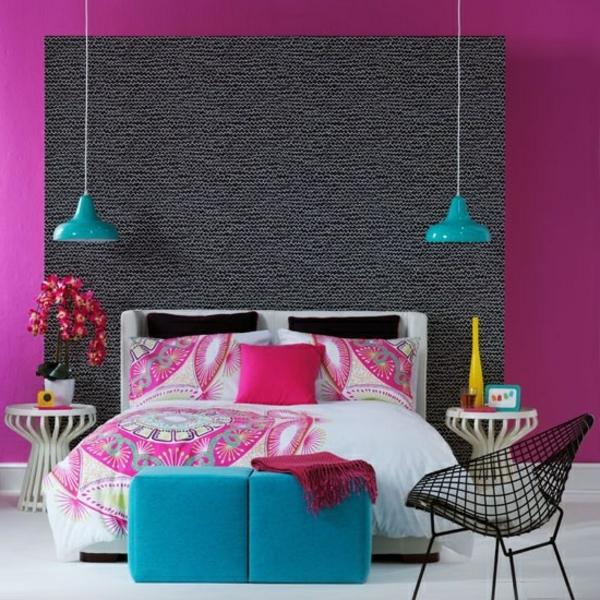 schlafzimmergestaltung-ideen-super-schöne-farben- zwei blaue lampen hängen von der decke
