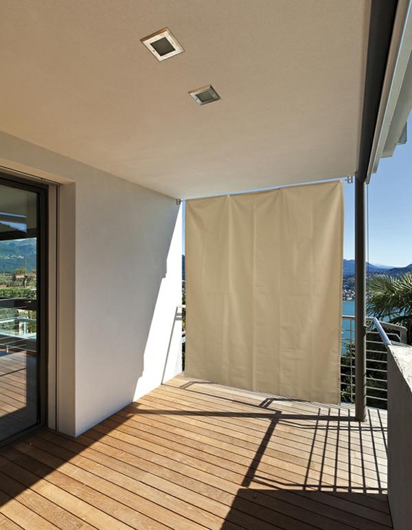 schöne-terrasse-mit-schutz-vor-der-sonne