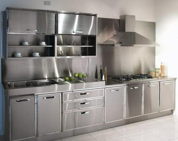 spülbecken-küche-edelstahl . moderne rückwand