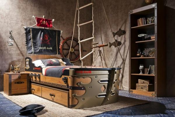 super-design-vom-kinderzimmer-für-jungen-pirat - treppe hängt