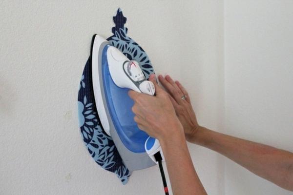 tatoo-selbst-gestalten-wanddeko - Bügeleisen in blau