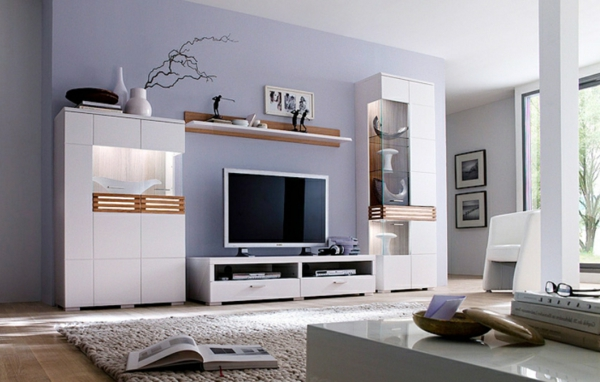 wandfarbe-schöner-wohnen-wohnzimmer-lila-wände- wunderschön