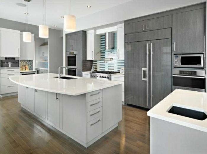wohnideen-farben-moderne-küche-gestalten-weiße-kochinsel