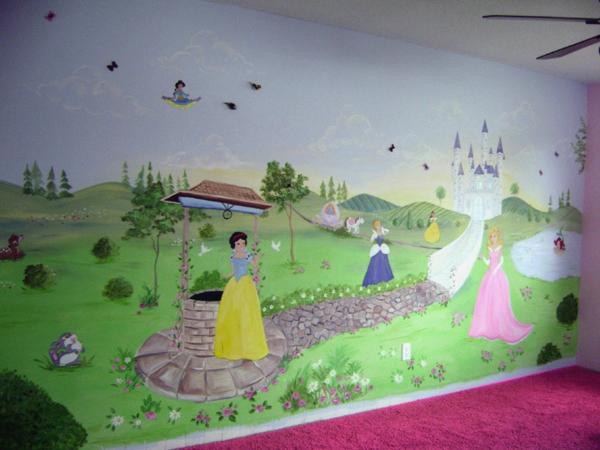 Kinderzimmerwände gestalten mit Prinzessinnen für Mädchenzimmer