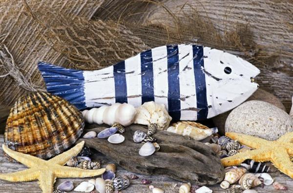 Holzfisch- super interessante deko mit muscheln