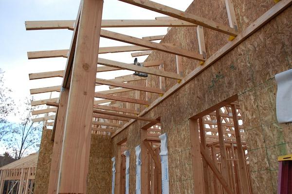 aufbau-veranda-schöne-gestaltung- noch nicht fertig- veranda selber bauen