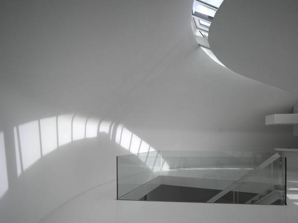 auffällige-minimalistische-architektur-treppen