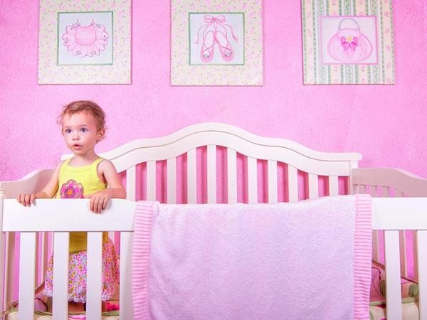babyzimmer-für-mädchen- schönes baby