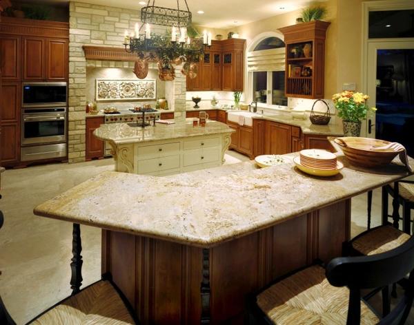 coole-gestaltung-arbeitsplatte-aus-naturstein-für-die-küche-landhausküche