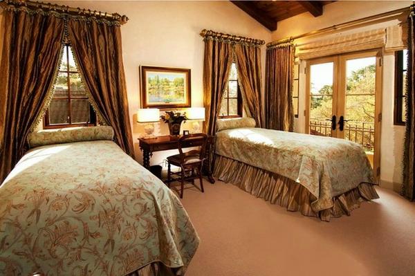 coole-schlafzimmer gardinen-zimmer mit zwei betten