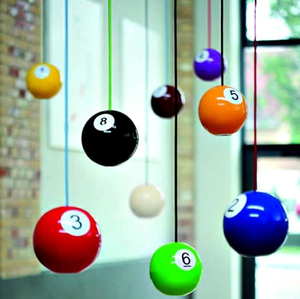 deko-vorschläge-biliard-balle-leuchter