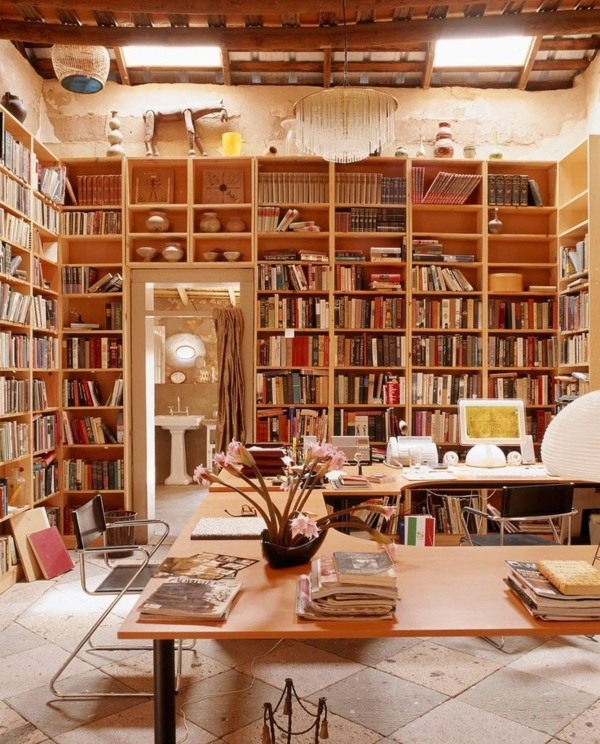 dekorativ- Haus – Bibliothek
