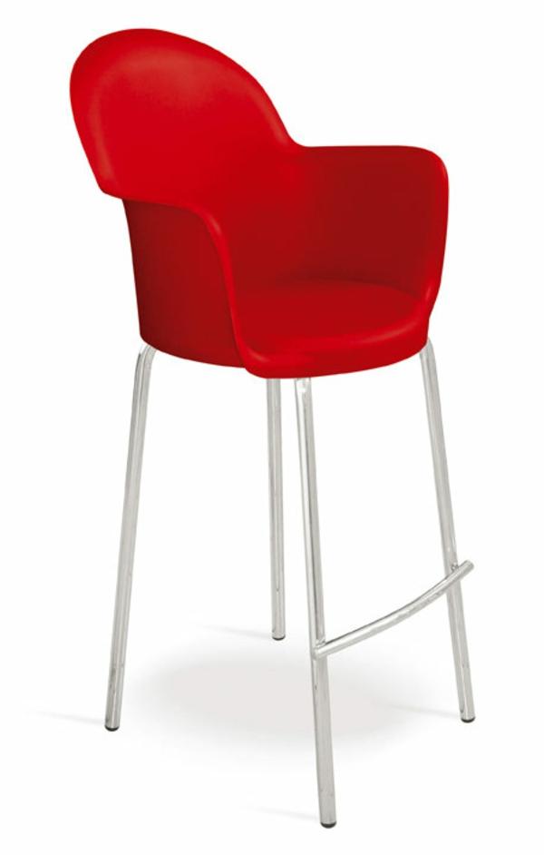 ein-schönes-beispiel-für-interessante-rote-barhocker-hintergrund in weiß