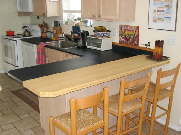 einmalige-gestaltung-arbeitsplatte-aus-naturstein-für-die-küche-zwei hauptfarben