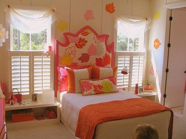 einrichtungstipps-mädchenzimmer-kreative-wandgestaltung- weiße durchsichtige gardinen