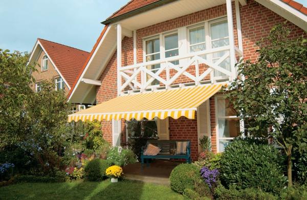 elegante-gestaltung-sonnensegel-für-terrasse-wunderschön wirkend