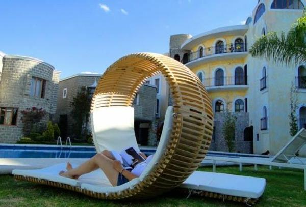 extravagantes-modell-vom-outdoor-bett