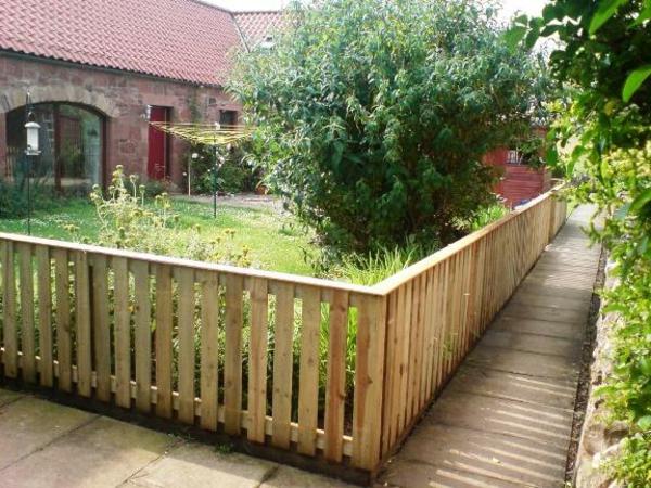 moderne gartenzaungestaltung - 26 interessante vorschläge, Gartengestaltung
