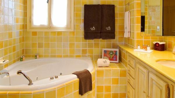 gelbe-farbtöne-badezimmer-2