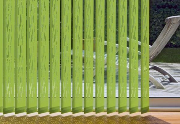 grüne-farbe-für-jalosine- liegestuhl modern