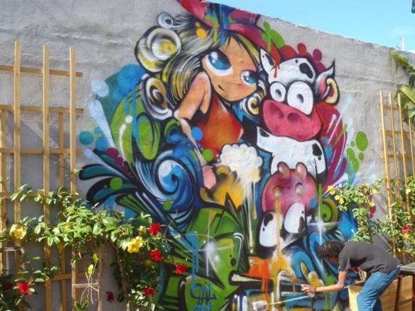 graffiti-zaun- kreative gestaltung