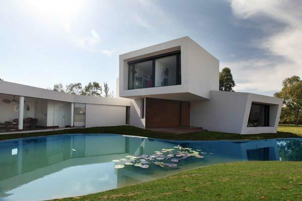 gute-idee-für-minimalistische-architektur- schöner teich