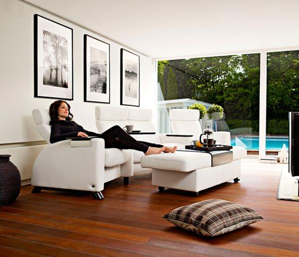 Datoonzcom Heimkino Couch An Der Wand Vrias Idias