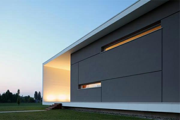 italienisches-haus-minimalismus-architektur-sehr groß