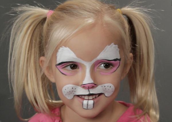 kinderschminken-blonder-hase-schönes-schminken