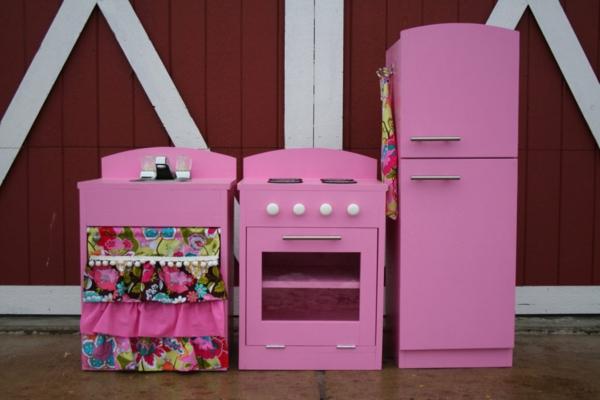 kinderspielküchen-aus-holz-rosa