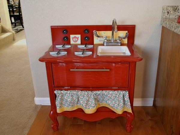kinderspielküchen-aus-holz-rot-2