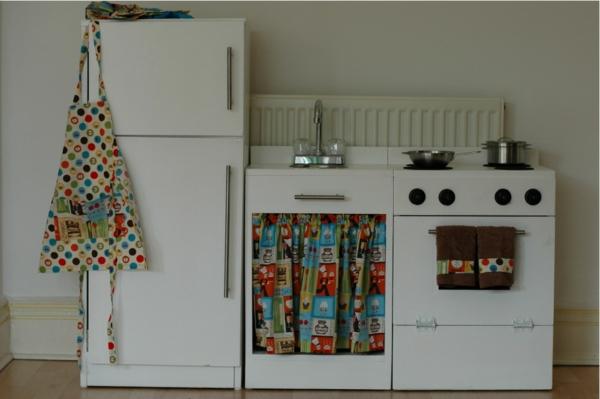 Kinderspielküchen aus Holz – erfreuen Sie Ihr Kind! - Archzine.net