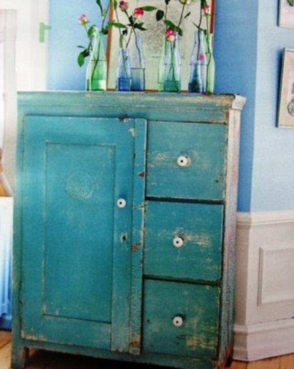 kommode-möbel-mit-vintage-look-selber-machen