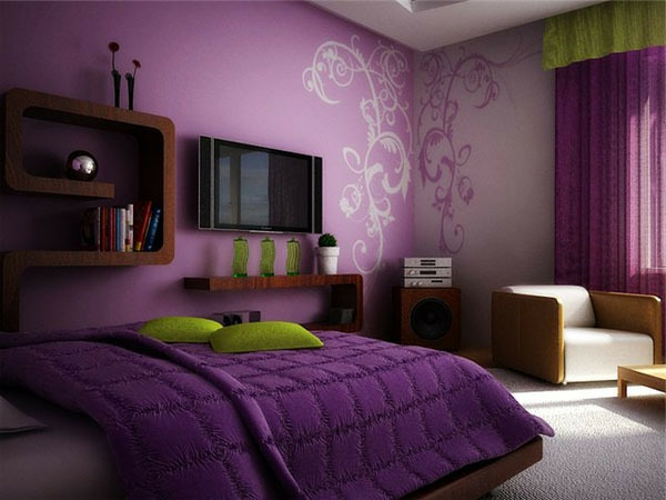 lila-wandfarbe-fürs-schlafzimmer-schönes-bett-schöne tatoo