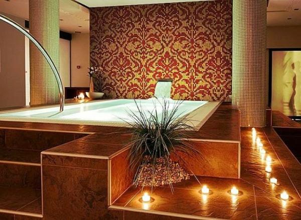 luxuriöses-zimmer-mit-orientalischen-mosaik-fliesen-schlichte beleuchtung