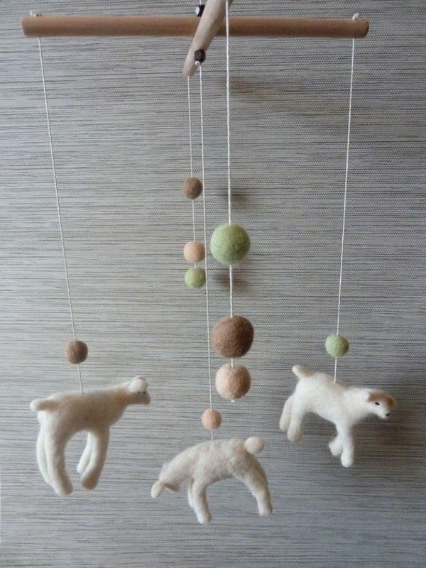 mobiles-basteln-hunde