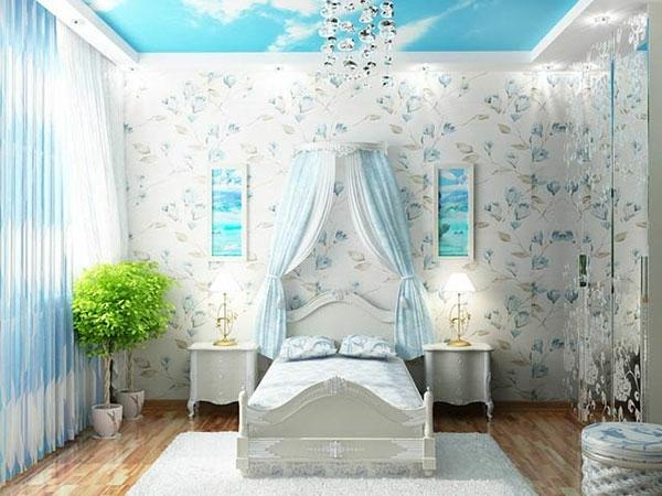 moderne-gestaltung-mädchenzimmer-blau-und-weiß-zusammenbringen-kristalleuchter