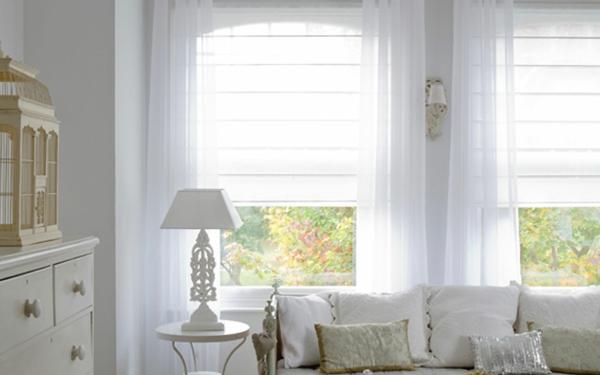 moderne-jalose-weiße-farbe- dekorierende kissen