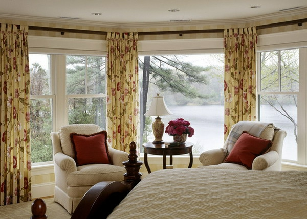 moderne-super-aussehende-schlafzimmer gardinen-dekokissen