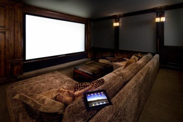 Moderne Wohnung Mit Heimkino  Großer Bildschirm