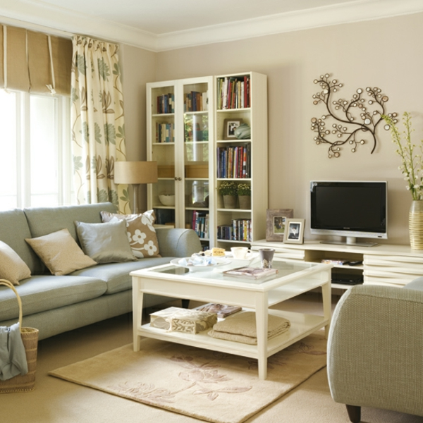 Moderne Wohnzimmereinrichtung Beispiele Viele Dekokissen Im Kleinen Wohnzimmer