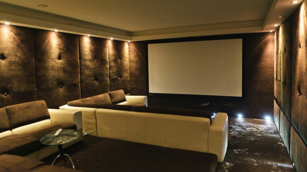 sofa im heimkino 30 originelle vorschl ge. Black Bedroom Furniture Sets. Home Design Ideas