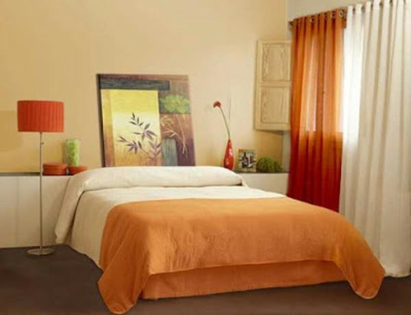 orange-schlafzimmer gardinen-interessante lampe